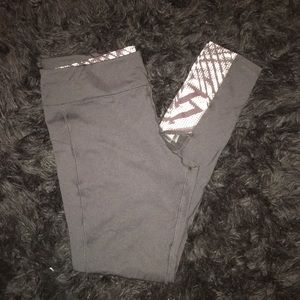 New NY&C Workout Compression Capri Pants